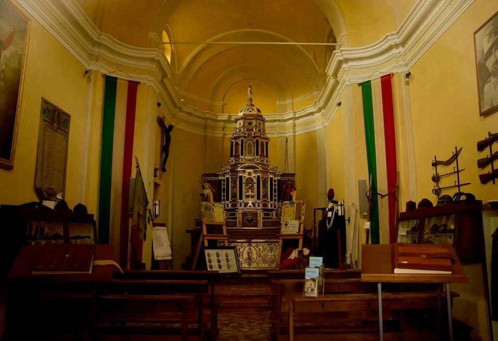 Chiesa di San Rocco Civenna Interno