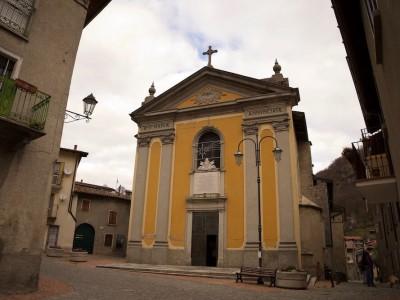 Chiesa di Barni